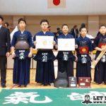 決勝戦、東松舘が昭中剣との代表戦を制し大会4連覇を達成。