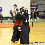 女子個人決勝、長い延長を戦い最後は西口(守谷)が北條(桐蔭学園)からメンを決めて優勝。