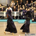 準々2、小川(日体大)が片手メンを取り返し延長へ。