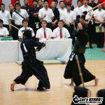 男子準決勝大阪対決は大城戸が前田の面に小手を合わせ勝利