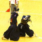 九州学院、帝京第五を3-2で下し決勝トーナメント進出を決める。5連覇へはやや不安要素残る試合展開だったが、明日までには修正するだろう。帝京第五は健闘も印象に残った。