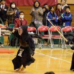 メンを取り合い、最後は若目田がドウを決めて勝利した。